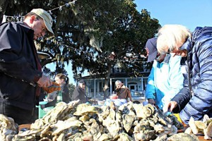 Oyster Roast 2015 pic 12